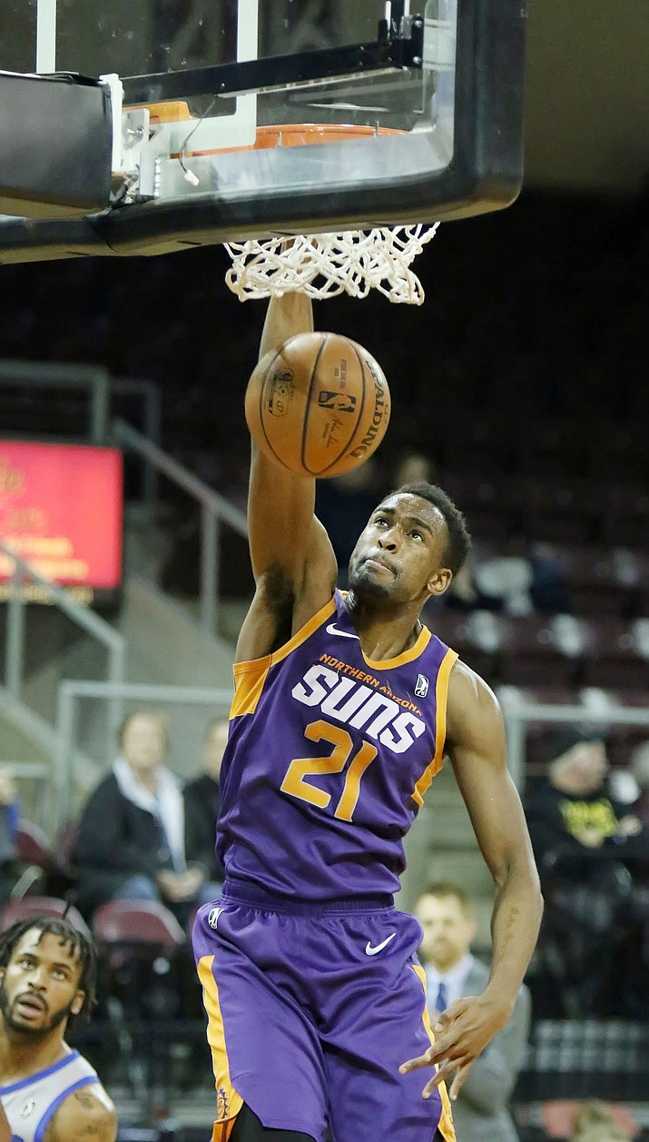 Northern Arizona Suns forward Aaron Epps scores two of his many points Sunday, March 10, 2019, against the Texas Legends at Findlay Toyota Center in Prescott Valley. (Matt Hinshaw/NAZ Suns)