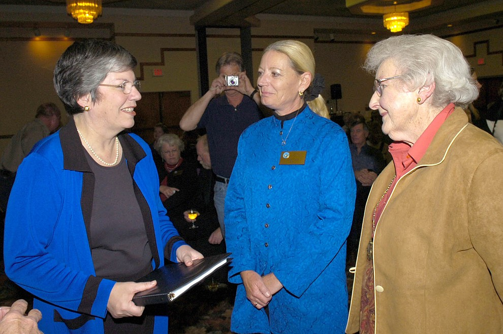 Arizona Gov. Janet Napolitano, left, chats with Chino Valley Mayor Karen Fann and Elisabeth Ruffner prior to her Prescott State of the State address Jan. 9, 2007 at the Prescott Resort. (Courier file photo)
