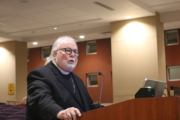 Vicar Philip Shaw of Trinity Episcopal Church, a Navy veteran, spoke in favor of the veteran housing project when it went before City Council. The Mohave County Board of Supervisors unanimously approved the housing project Monday. (Daily Miner file photo)