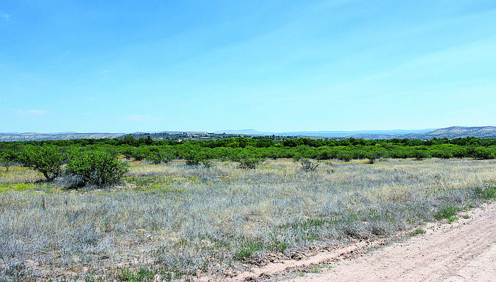 Named the White Hawk Business Park, the property borders the new Verde Valley Archaeology Pit House site to the west, low density residential to the north, vacant Arizona State Parks land to the east, and vacant residential property to the south. VVN/Bill Helm