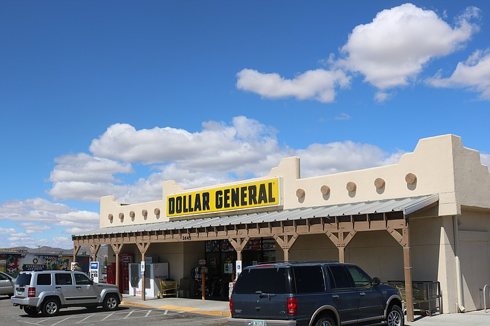 City Council at its meeting Tuesday began to address the number of dollar stores within the Kingman area. (Photo by Travis Rains/Daily Miner)