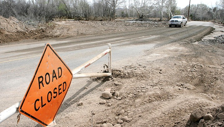 Flood aftermath: Camp Verde reopens Verde Lakes Drive; road still needs permanent repairs