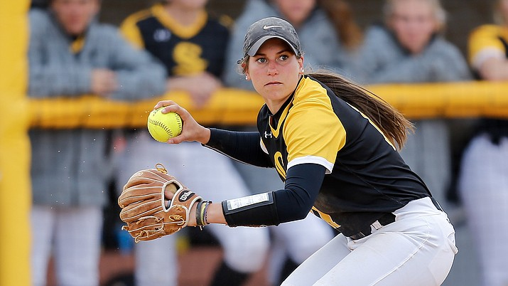 Mingus alum Nikki Zielinski won NJCAA Division I Softball Player of the Week. Picture courtesy College of Southern Idaho