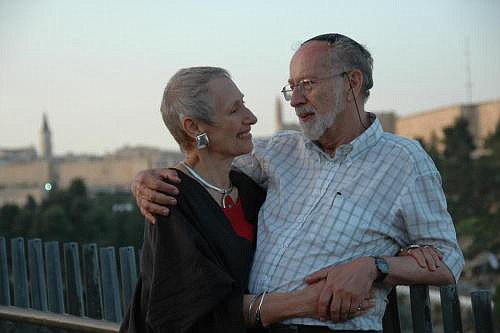 Fueled by their own emotional scars from the Holocaust and their power struggles during the early stages of their four decades of marriage, Hedy and Yumi teach a skill set for couples that leads to passionate, rewarding, and lasting relationships.