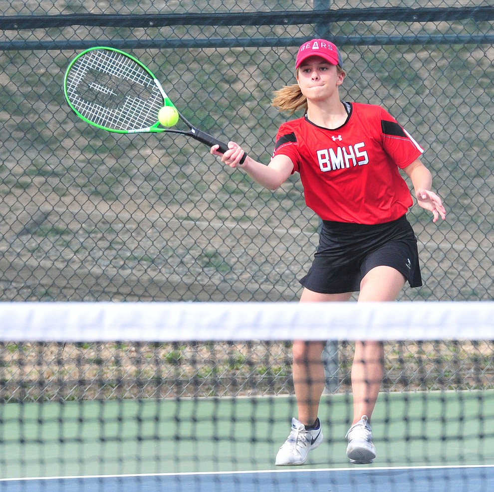 Bradshaw Mountain's Brinlee Kidd hits a return as the Bears traveled to Prescott for a girls tennis matchup Tuesday, March 26. (Les Stukenberg/Courier)