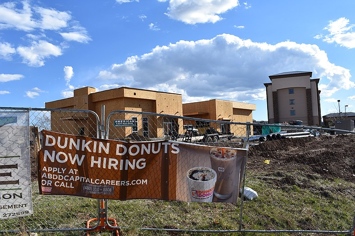 Construction of the buildings in Prescott Valley that will house a Dunkin' Donuts, Baskin Robbins and Mod Pizza is ongoing. (Richard Haddad/WNI)