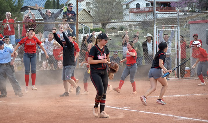 The Mingus Marauders celebrate their walk off 3-2 win over Bradshaw Mountain at home on Tuesday afternoon. VVN/James Kelley
