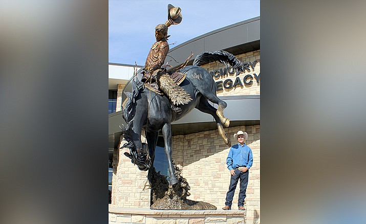 Artist Chris Navarro is owner of Navarro Gallery and Sculpture Garden located in Tlaquepaque Sedona since 2000. Navarro has been sculpting professionally since 1986. He is best known for his large public sculptures including over 34 monumental bronze sculptures placed throughout the country.