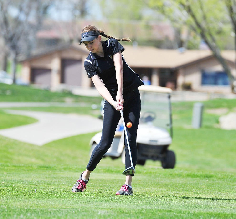 Williams' Brooklyn Maebe tees off as Chino Valley hosted a four-team match Tuesday, April 2 in Prescott. (Les Stukenberg/Courier)
