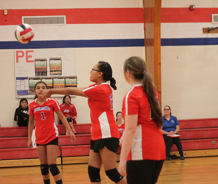 The Grand Canyon Middle School volleyball team defeated Maine Consolidated in two tournament games held April 6 at Grand Canyon. (Erin Ford/WGCN)