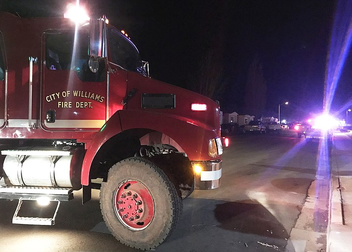 Williams Police Department, Coconino County Sheriff's Office, Williams Fire Department and Life Line respond to a domestic violence incident April 4 in Williams. (Photo/WGCN)