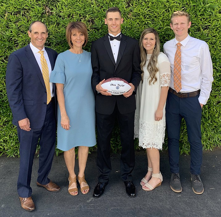 Mingus senior Chaz Taylor won the National Football Foundation Valley of the Sun Chapter's 2-Way Player of the Year Award. Taylor was recognized for his academic, athletic and citizenship attributes. Photos courtesy Tandy Taylor