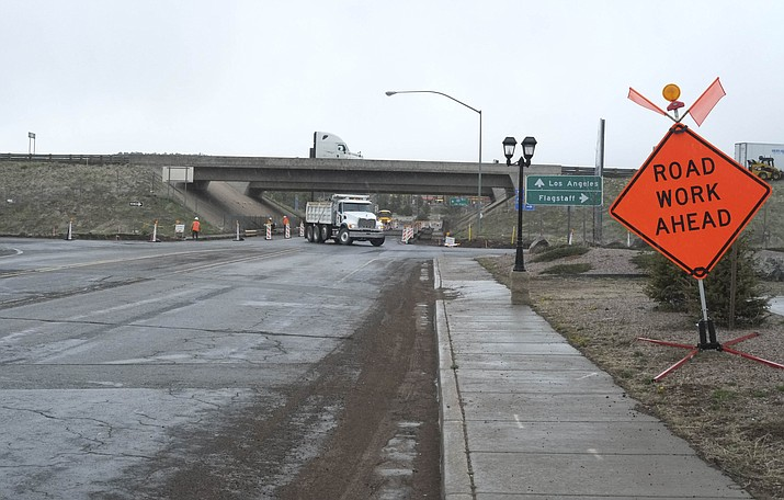 Starting April 16, Grand Canyon Boulevard beneath the I-40 overpass will be closed for road construction. (Loretta Yerian/WGCN)