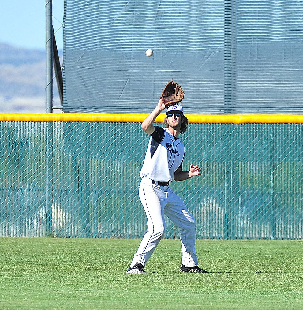Bradshaw Mountain's Paxton Prentice makes the catch in center field as the Bears face Desert Edge Thursday, April 18 in Prescott Valley.  (Les Stukenberg/Courier)