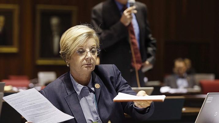 Finally, Arizona lawmakers OK cellphone bill