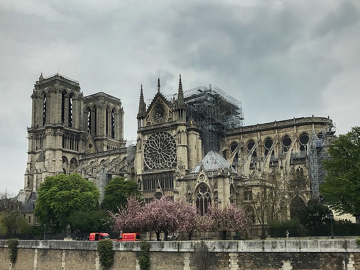 Aftermath of the Notre Dame  Cathedral fire on the south facade, April 16. Firefighters were leaving  Friday night after the building was declared stabilized. (Photo by Louis H. G. [CC BY-SA 4.0])