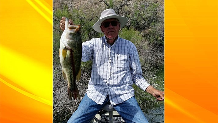 Art Fuller holds a 5.5 lb. largemouth from Lake Mohave. (Courtesy)