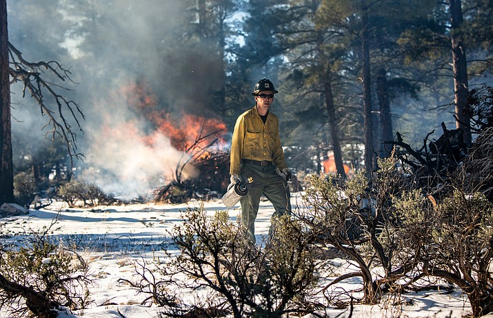 Starting April 25, prescribed burns are planned for the Williams and Tusayan Ranger Districts. (Kaibab National Forest/photo)