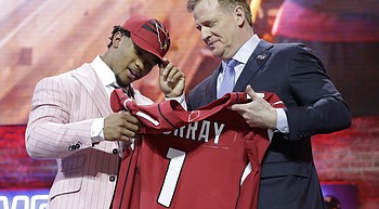 Cardinals create glut at quarterback by selecting Murray photo