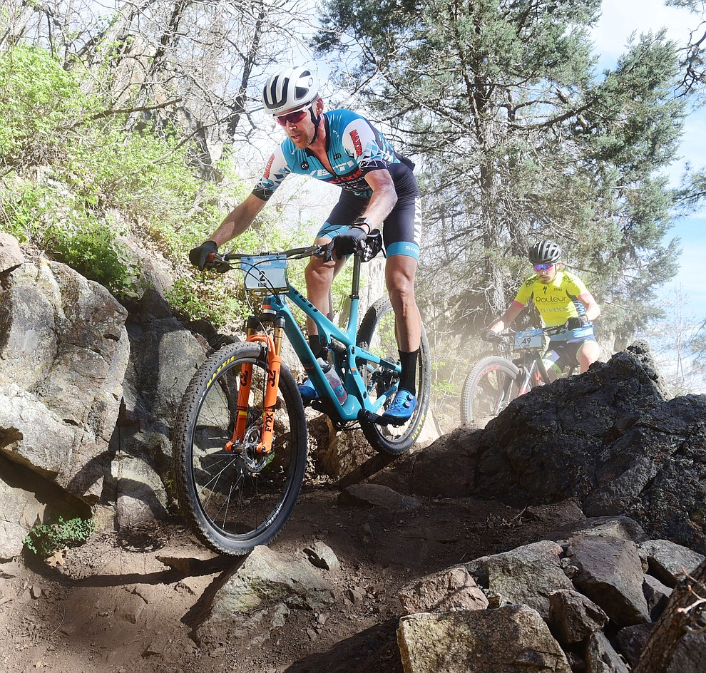Geoff Kabush during the Whiskey Off Road Pro 50-mile cross country mountain bike race in Prescott Sunday, April 28.  (Les Stukenberg/Courier)