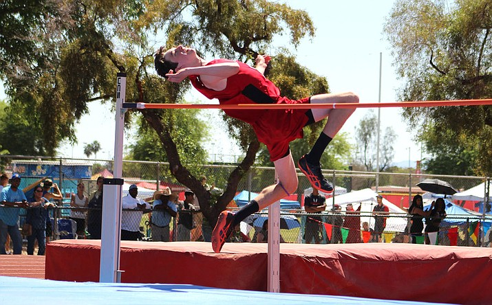 Lee Williams junior Drew Cardiff cleared 6-feet, 4-inches Friday to take sixth place at the Division III State Track and Field Championship at Mesa Community College. (Photo by Beau Bearden/Daily Miner)
