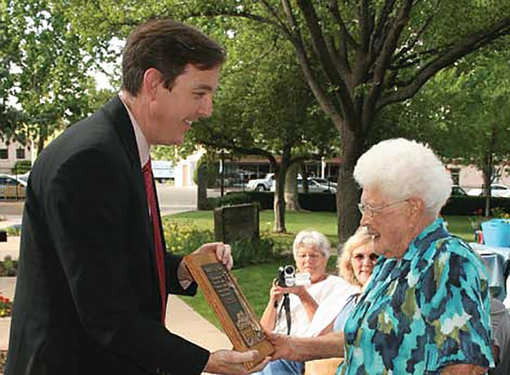 Former Arizona Secretary of State Ken Bennett of Prescott, left, presents the Sharlot Hall Award to Jessie Ruth Gilpin during the museum's annual membership meeting June 18, 2009. Nominations for the 2019 award are being accepted by Sharlot Hall. (Courier file photo)