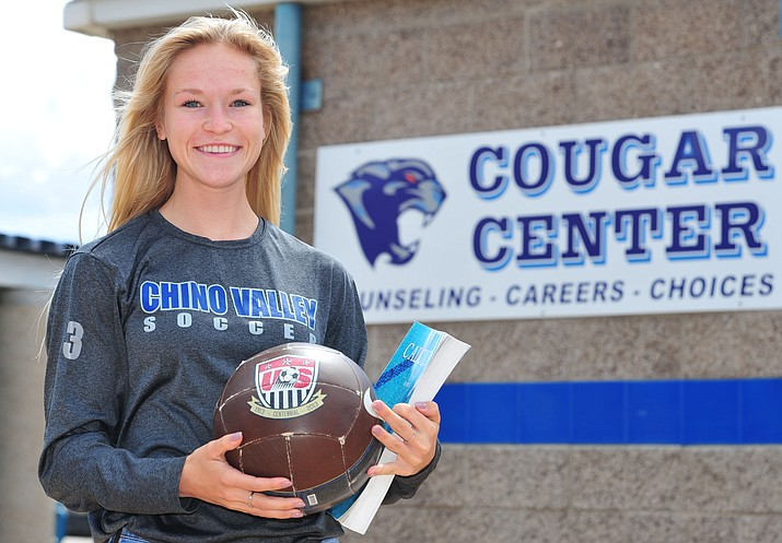 Lauren Foster will finish her high school career with a cumulative 4.0 GPA. (Les Stukenberg/Courier)