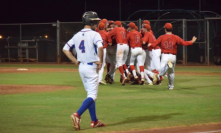 Scottsdale Christian celebrates their berth in the state championship game. VVN/James Kelley