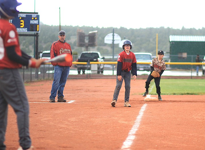 Jack Dent prepares to steal home during a game May 16. The game was later called because of rain. (Wendy Howell/WGCN)