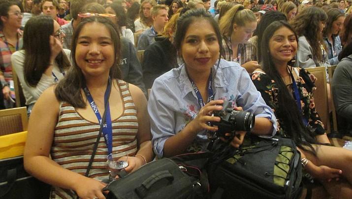 Hopi student wins national journalism award