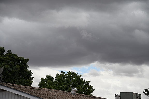 Kingman has been a little chillier than usual during this time of year. Kingman broke the 1971 record cold high for May 22. It was 65 degrees in 1971 and 62 on Wednesday. (Photo by Vanessa Espinoza/Daily Miner)