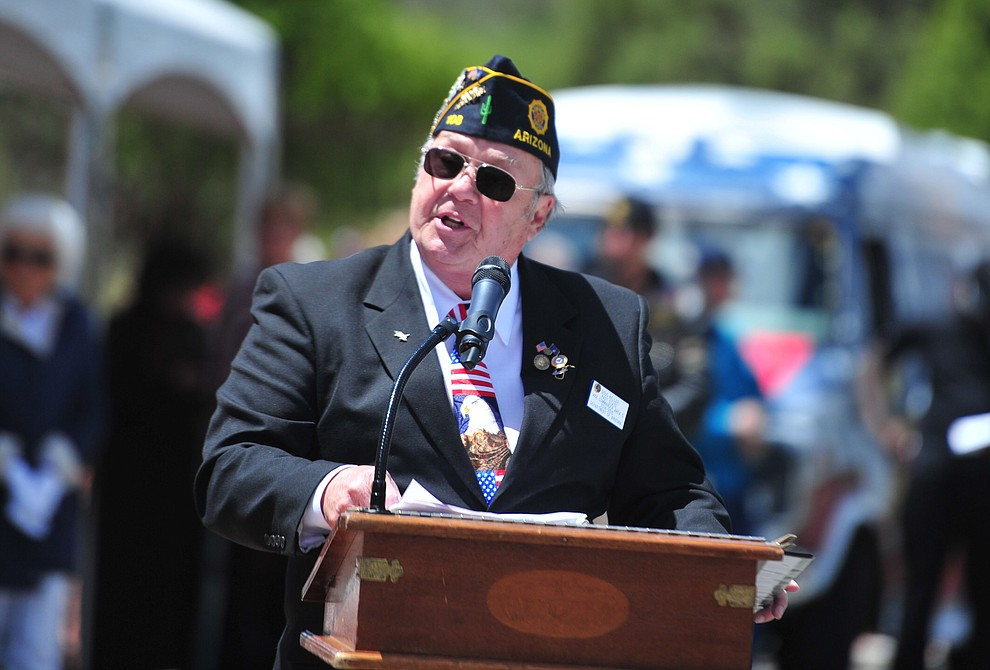 United States Air Force veteran Doug Keller speaks during the Memorial Day Ceremony at the National Cemetery Monday, May 27 in Prescott. (Les Stukenberg/Courier)