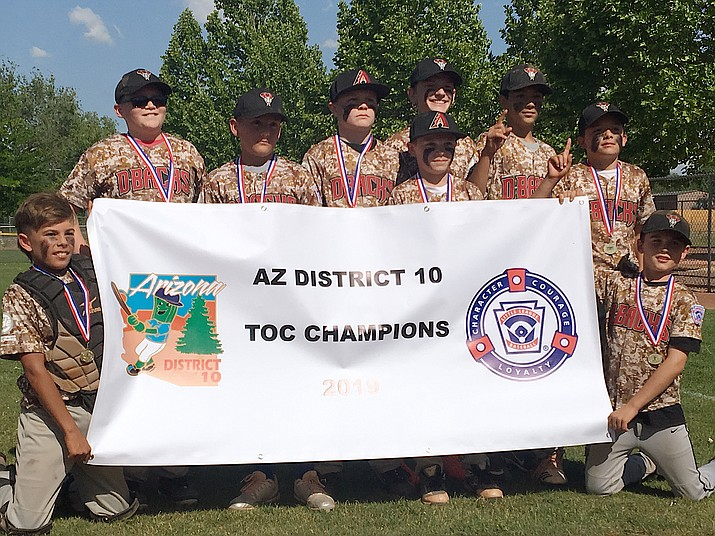 Bagdad poses for a team photo after winning the Arizona District 10 Little League Major's Tournament of Champions with an 11-8 win over Prescott Valley in the final on Sunday, June 2, at Chino Valley's Community Center Park. (Aaron Valdez/Courier)