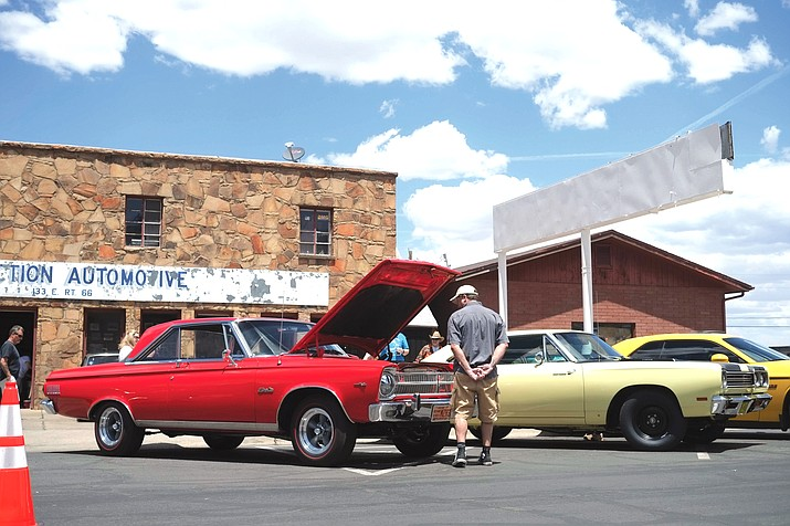 The Historic Route 66 Car Show returns this weekend. (Loretta Yerian/WGCN)