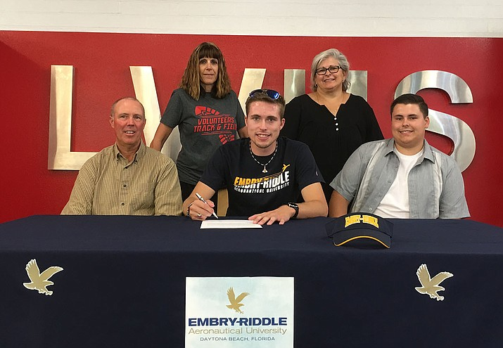 Zack Tempert is headed to Embry-Riddle Aeronautical University in Florida to compete on the track team. (Photo by Beau Bearden/Daily Miner)