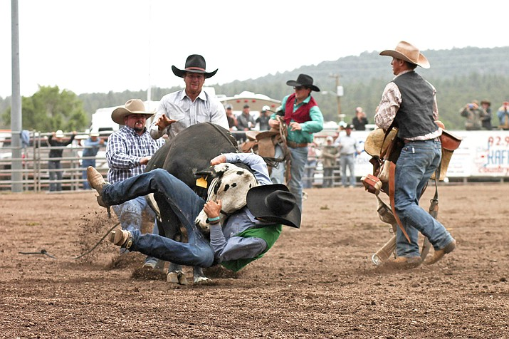 Cowpunchers Reunion Rodeo returns to Williams June 21-23. (Loretta Yerian/WGCN)