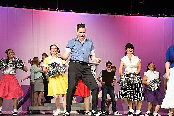 """Beale Street Theater is putting on the production of """"Bye Bye Birdie."""" The crew is under the direction of Matt Hecht. (Photo by Vanessa Espinoza/Daily Miner)"""
