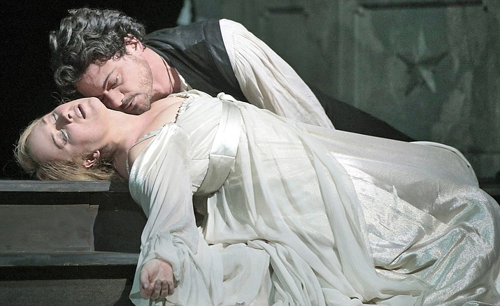 """A pair of charismatic artists, tenor Vittorio Grigolo and soprano Diana Damrau, are the star-crossed lovers of Gounod's dreamy adaptation of Shakespeare's timeless tragedy """"Roméo et Juliette"""". Gianandrea Noseda conducts."""