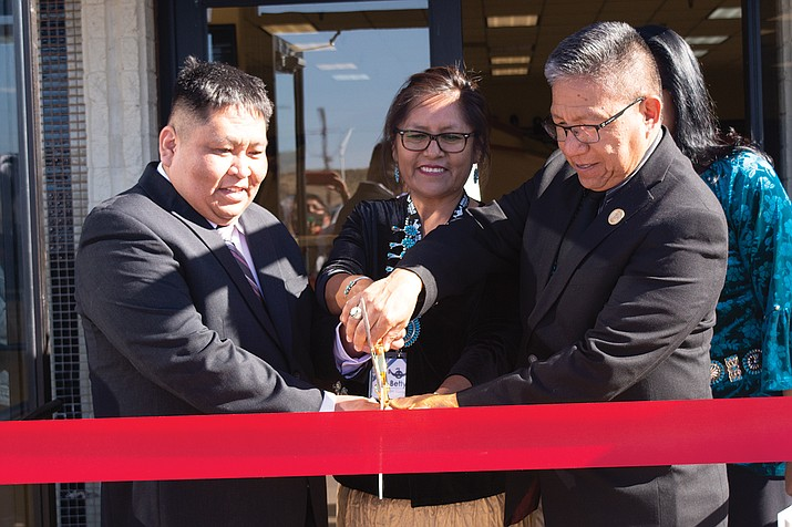 CEO Elijah Muskett, left, was joined by delegated store manager Betty Gordy, Vice President Myron Lizer and Second Lady Dottie Lizer for the ribbon cutting. (Photo courtesty of Marna Craig)