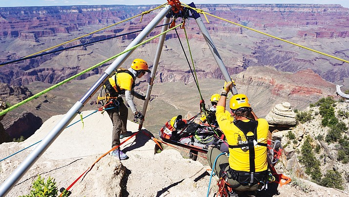 Tech rescues: Grand Canyon EMS personnel undergo week-long rescue training