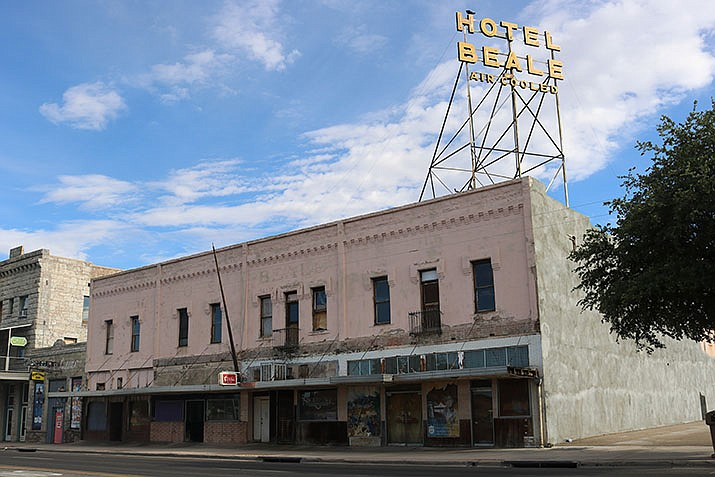 """The Hotel Beale task force, which has yet to be established, will be for """"guidance and direction"""" for the future of the building, according to the agenda. (Photo by Travis Rains/Daily Miner)"""