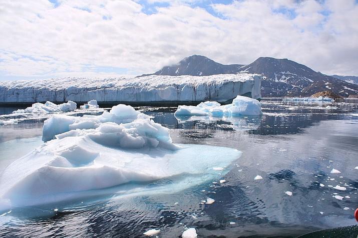 Walloped by heat wave, Greenland sees massive ice melt | Kingman