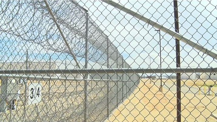 Kansas to move inmates to Arizona prison to ease crowding | Kingman
