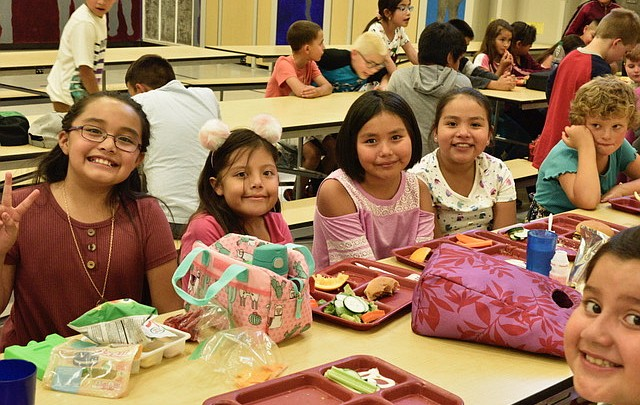 Photo highlights: Grand Canyon School strides into new school year