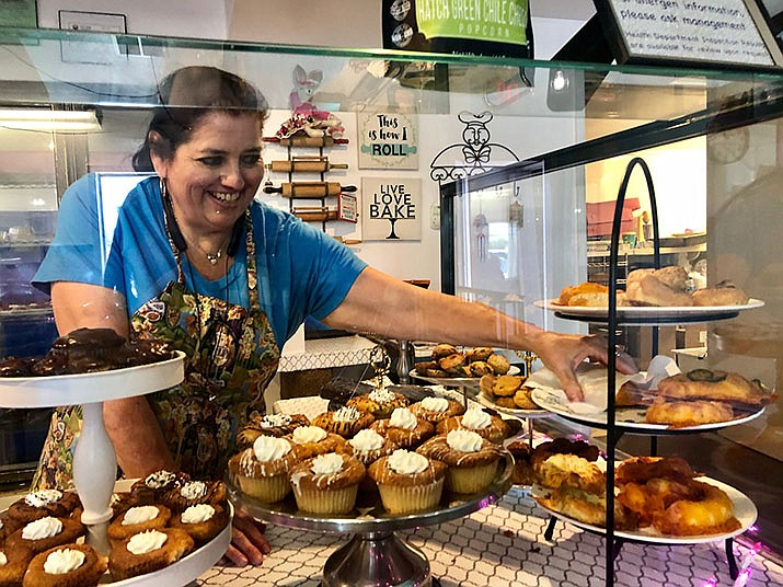 Victoria Poe of Victoria's Sugar Shack, 1455 Northern Ave., presents her award-winning keto bagels, Thursday, August 15, 2019. (Photo by Agata Popeda/Daily Miner)