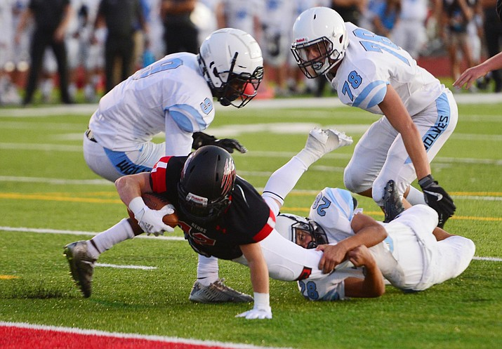 Bradshaw Mountain's Titus King stretches for the goalline as the Bears host Estrella Foothills in their 2019 football home opener Friday, Aug. 23, 2019, in Prescott Valley. (Les Stukenberg/Courier)
