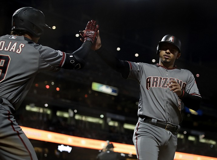 Dyson's Defense Helps D-backs Hold Off Giants