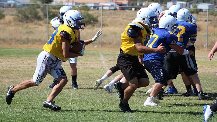 The Bulldogs can start 2-0 for the second consecutive season with a win Friday against Sedona Red Rock. (Photo by Beau Bearden/Daily Miner)