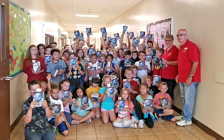 The Chino Valley Elks Lodge delivers donated dictionaries to third graders in Deniz Chavez and Patti Jackson's classrooms Aug. 28.  (Submitted photo)