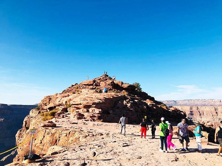 Navajo President Looks At Developing Travel Agency Visits
